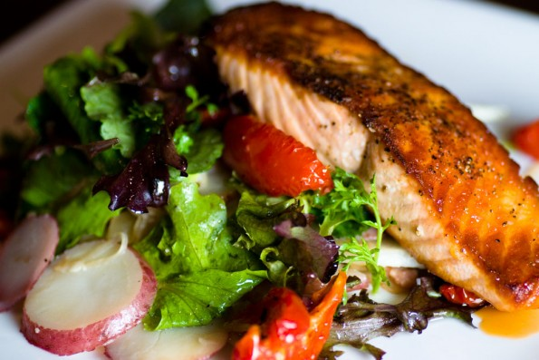 Drexyl Seared Salmon Salad