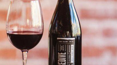 Pinot Noir Day Postino