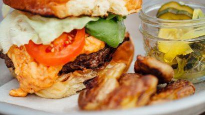 okra-burger-battle