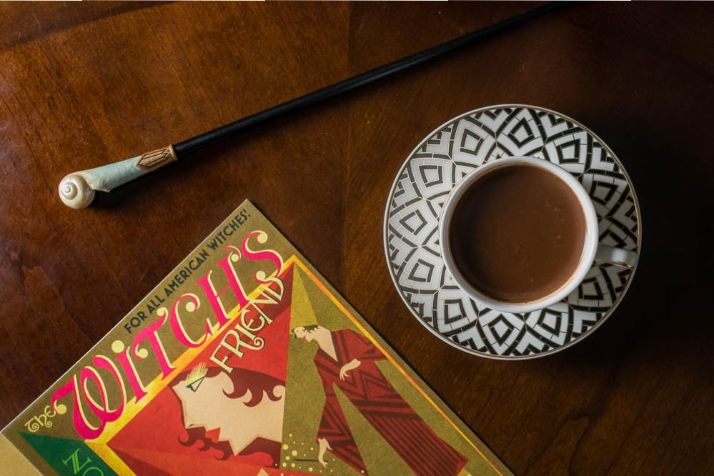 Hot Chocolate | Harry Potter Recipes | Fantastic Beasts | Witches, Wizards, and No-Maj alike will love our Fantastic Beasts inspired recipe for Queenie's Hot Chocolate! 2geekswhoeat.com