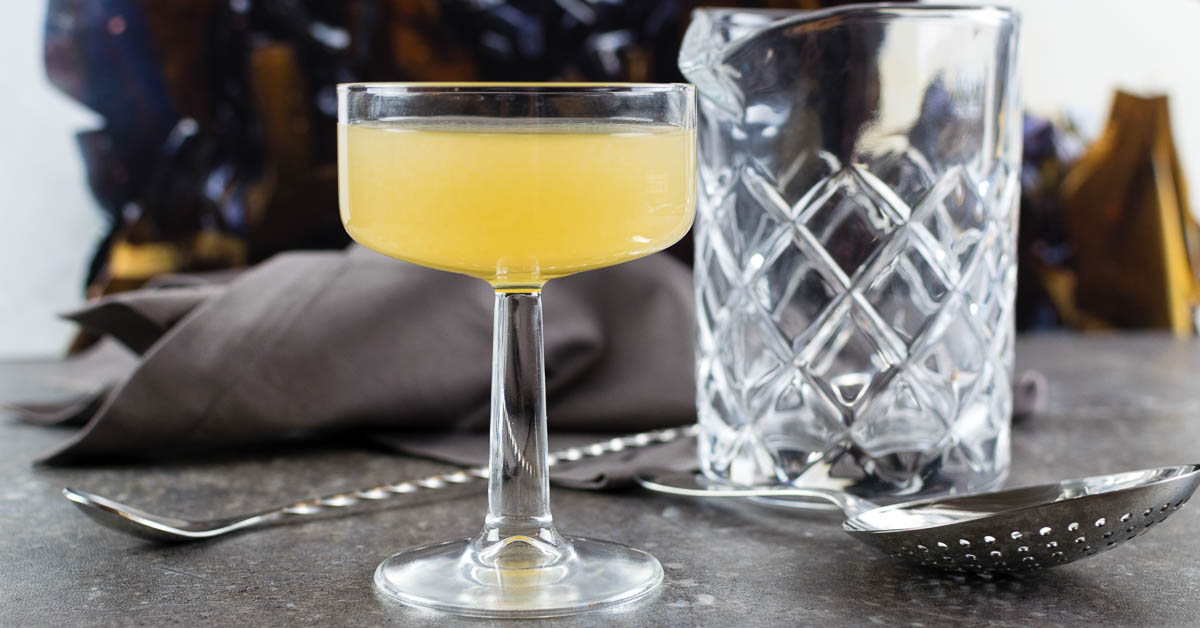 Cocktail Recipes | Movie Recipes | Transformers | The Geeks have created a riff on the classic Bee's Knees cocktail inspired by Transformers: The Last Knight and are calling it the Bumblebee's Knees! [giveaway] 2geekswhoeat.com