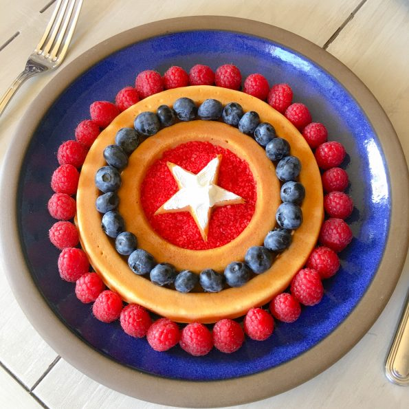 Cafe 222_Captain America Waffle