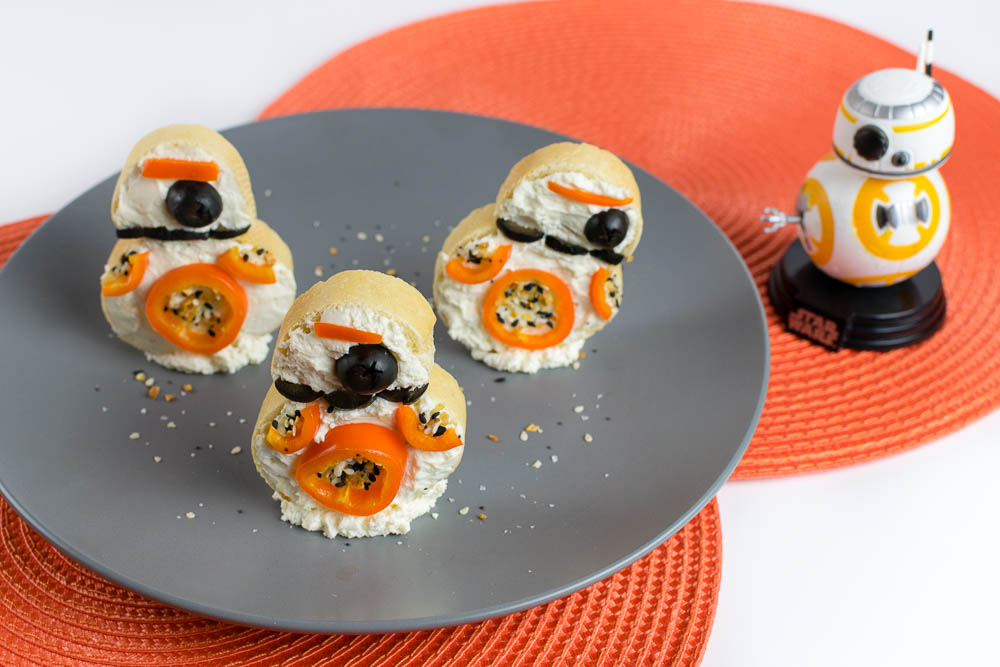 Star Wars Recipes | Bruschetta Recipes | BB-8 | Brunch Recipes | The Geeks have come up with a tasty and adorable way to celebrate the release of Star Wars: The Last Jedi, BB-8 Bruschetta! [sponsored] 2geekswhoeat.com