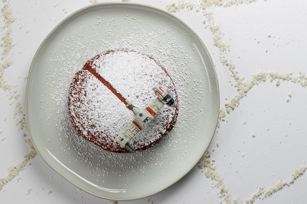 Star Wars Food | The Last Jedi | Geeky Food | Geeky Recipes | Star Wars Recipes | To celebrate the digital release of Star Wars: The Last Jedi, The Geeks have created a recipe for Crait-Cakes, a fun Star Wars inspired version of red velvet pancakes! [sponsored] 2geekswhoeat.com