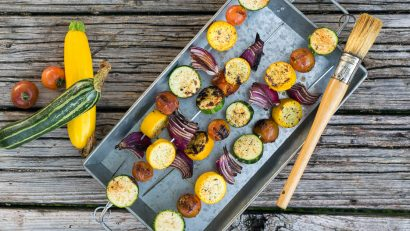 Vegan Recipes | Vegetarian Recipes | Grilling Recipes | The Geeks have come up with a new recipe for Grilled Cajun Veggie Kabobs. They are perfect for grilling season! [sponsored] 2geekswhoeat.com