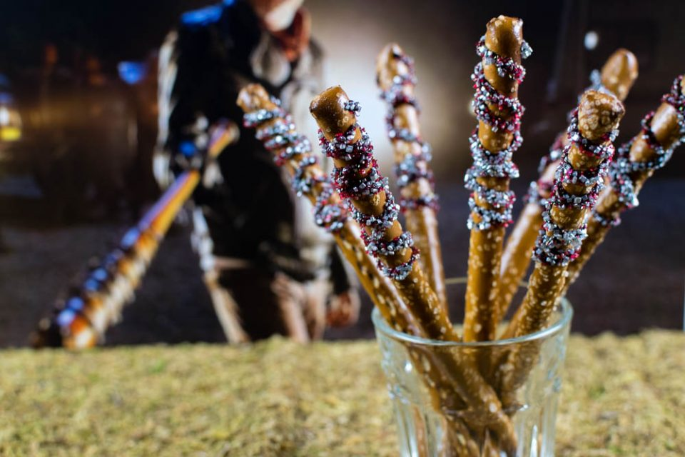 Inspired by Negan's terrifying bat Lucille, The Geeks celebrate Season 7's home release with Lucille Pretzel Bats! 2geekswhoeat.com #WalkingDeadRecipes #HalloweenRecipes #Snack Recipes #HorrorRecipes #HorrorFood