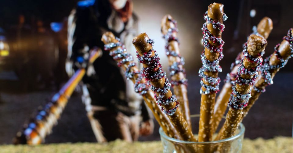 Walking Dead Recipes | Halloween Recipes | Snack Recipes | Inpired by Negan's terrifying bat Lucille, The Geeks celebrate Season 7's home release with Lucille Pretzel Bats! 2geekswhoeat.com