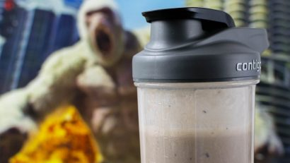 "Protein Shake Recipes | Smoothie Recipes | Video Games | Movie Recipes | With Rampage having the tagline ""Big Meets Bigger"", The Geeks have created a new recipe for George's Blueberry Vanilla Chai Protein Shake, perfect for your geeky workout! 2geekswhoeat.com"