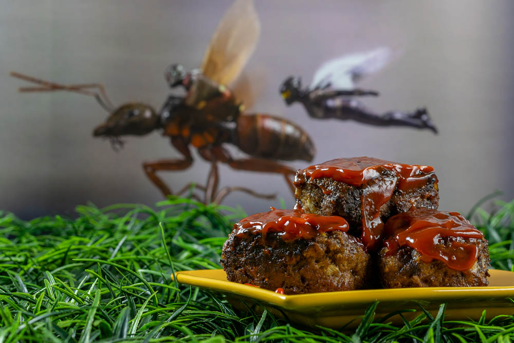 Comic Book Recipes | Marvel Recipes | Mini Meatloaves | With their excitement for Ant-Man and Wasp, The Geeks have created a recipe for Ant Sized Meatloaves. They are the perfect kid friendly way to eat meatloaf! 2geekswhoeat.com