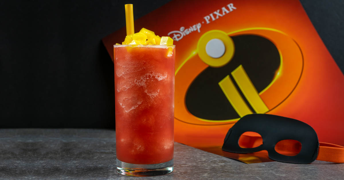 Pixar Recipes | Disney Recipes | Healthy Treats | Snacks | The Geeks have created a brand new recipe to celebrate the highly anticipated release of The Incredibles 2! This Super Slush is not only tasty but healthy too! 2geekswhoeat.com