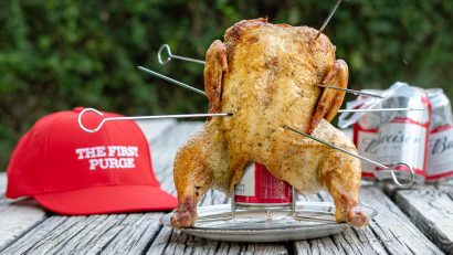 Horror Movie Food | Horror Recipes | Grilling Recipes | Chicken Recipes | First Purge | Inspired by Blumhouse's latest release The First Purge, The Geeks have created their take on beer can chicken, Beer Butt Chicken. Perfect for summer grilling! 2geekswhoeat.com