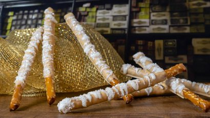 Butterbeer   Harry Potter   Harry Potter Recipes   To celebrate Harry Potter's birthday The Geeks have created a recipe for Butterbeer Pretzel Wands! Not only are they visually appealing but they are delicious as well! 2geekswhoeat.com