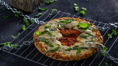 Hellraiser | Pizza | Horror Movie Food | Horror Food | Horror Recipes | The Geeks have such bites to show you! They've created a recipe perfect for movie night, Pinhead's Pizza, inspired by Clive Barker's Hellraiser. 2geekswhoeat.com