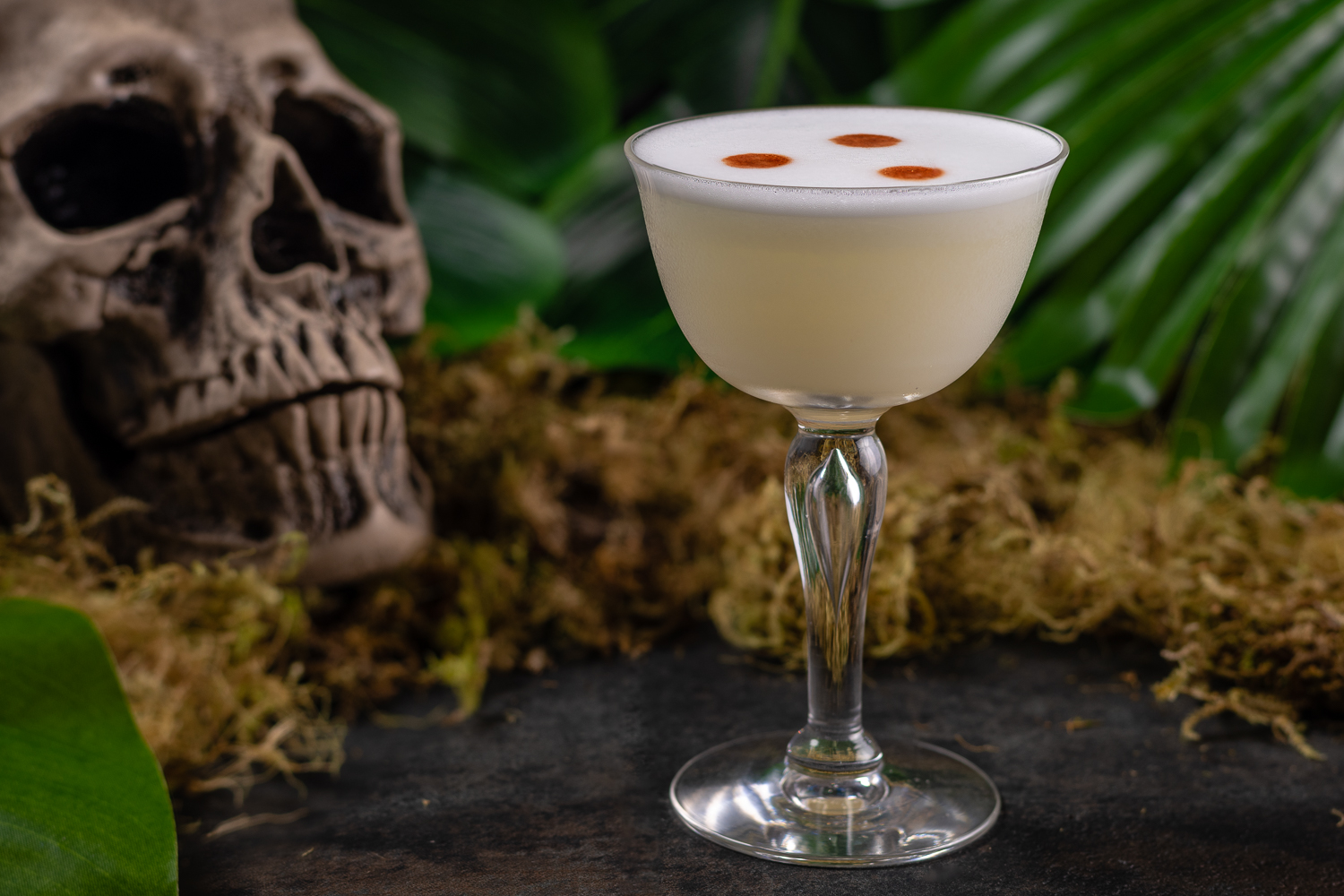 Cocktail Recipes | Cocktails | Themed Cocktails | The Geeks have modified the classic cocktail, the Pisco Sour, now calling it the 3 Dots Pisco Sour, inspired by The Predator. 2geekswhoeat.com