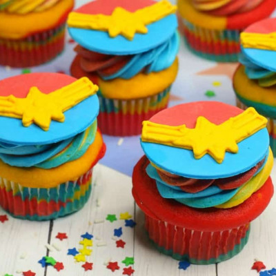 Captain Marvel Cupcakes from Whisky + Sunshine