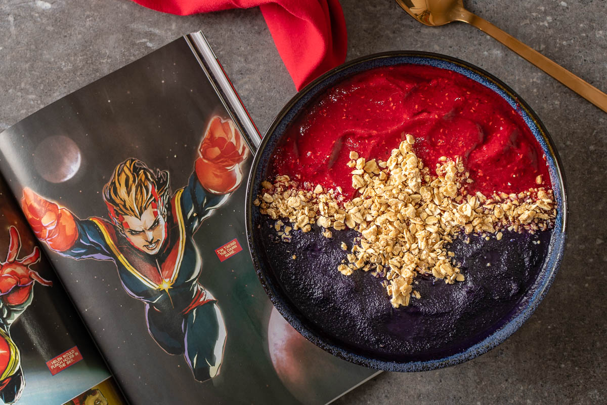 Captain Marvel Recipes | Marvel Recipes | Smoothie Bowl | Geeky Recipes | Go Higher Further Faster with The Geeks' latest recipe inspired by Captain Marvel, Higher Further Faster Smoothie Bowls! 2geekswhoeat.com