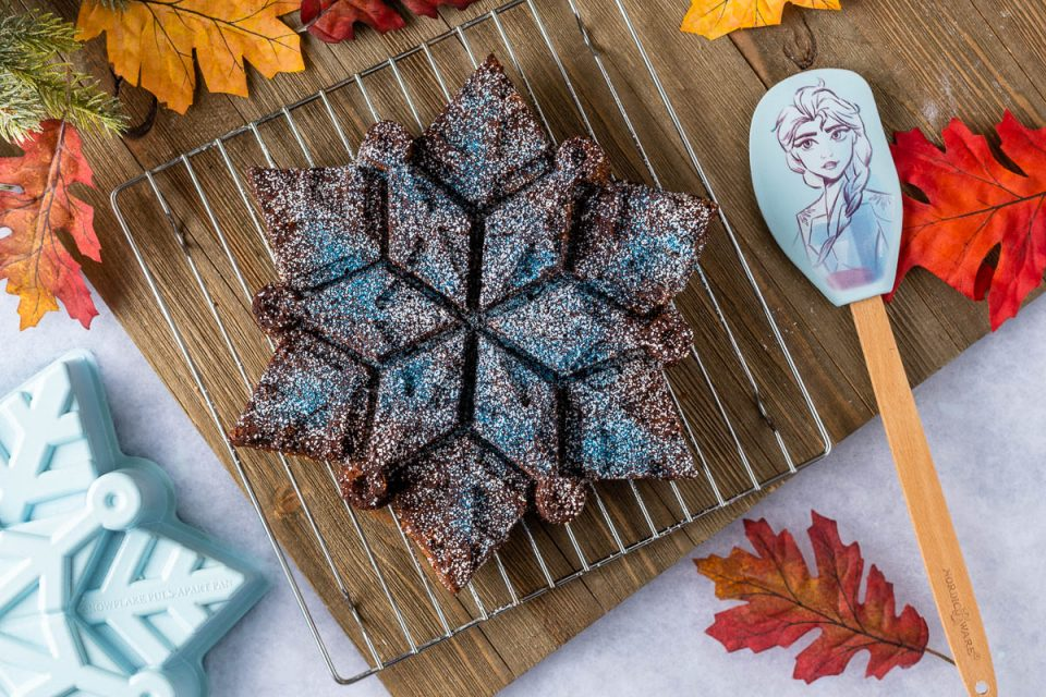 Inspired by Disney's latest animated feature, Frozen 2, The Geeks have created a recipe for Arendelle Spice Cake which is not only delicious, but perfect for the holiday season! 2geekswhoeat.com #Frozen #Frozen2 #DisneyRecipes #FrozenRecipes #Baking #DisneyFood #Thanksgiving #Christmas #HolidayRecipes