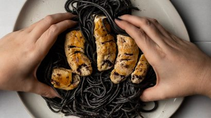 Inspired by Sony Pictures' The Grudge, The Geeks have created a new deliciously creepy recipe for Pasta with Chicken & Shiso Brown Butter Sauce. 2geekswhoeat.com #PastaRecipes #BrownButterSauce #DinnerIdeas #HorrorMovies #HorrorRecipes #HorrorFood #MovieRecipes