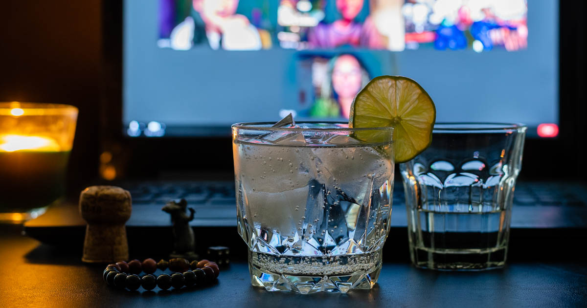 Inspired by the film Host, now on Shudder, The Geeks have put together a cocktail and shot pairing along with an interview of the film's Executive Producer! 2geekswhoeat.com #Host #Shudder #HorrorMovies #HorrorMovieFood #HorrorMovieRecipes #HorrorFood #HorrorRecipes #CocktailRecipes