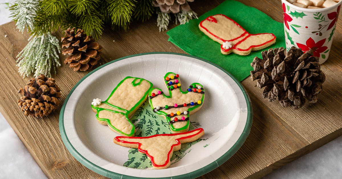 The Geeks are getting ready for Joe Bob Saves Christmas on Shudder and have created a new recipe for Neon Vegan Christmas Cookies! 2geekswhoeat.com #TheLastDriveIn #MutantFamily #Vegan #VeganCookies #VeganChristmasCookies #Christmas #ChristmasCookies #Shudder